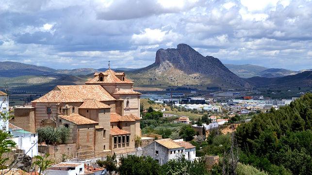 indio-vigila-Andalucia-AYUNTAMIENTO-ANTEQUERA_EDIIMA20160318_0674_18